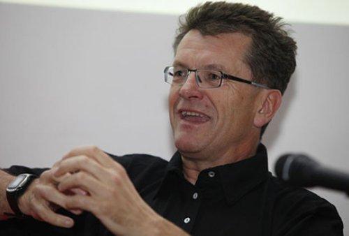 Seppo Gründler @AKSIOMA 2013