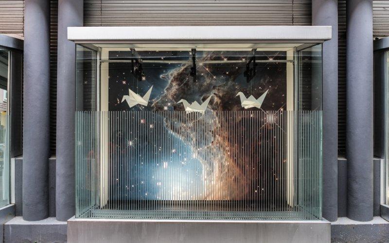Distant-Skies:-Pressure-Waves_In-Flight2_Kathy-Hinde_@_esc_medien-kunst-labor_©_Foto:_Lara-Baumgartner