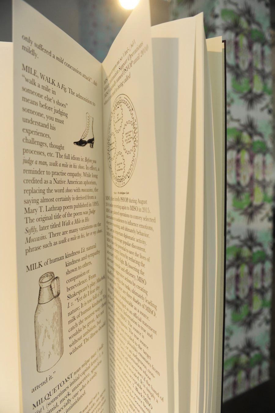 """""""Dictionary of Unexpected Generosities"""", Foto: Maryam Mohammadi, © esc medien kunst labor"""