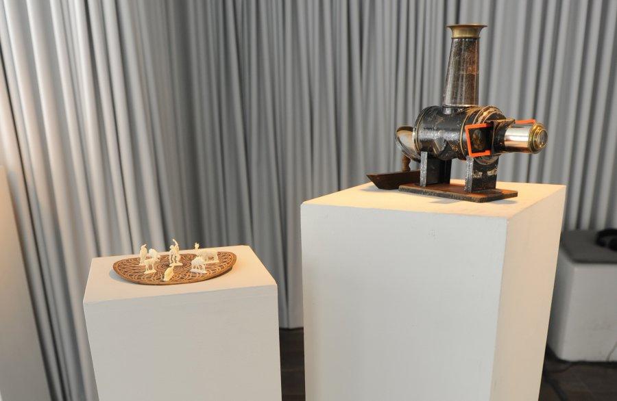 """Laterna magica"" und ""The Royal Diorama of Mine Recovery"", Foto: Maryam Mohammadi, © esc medien kunst labor"