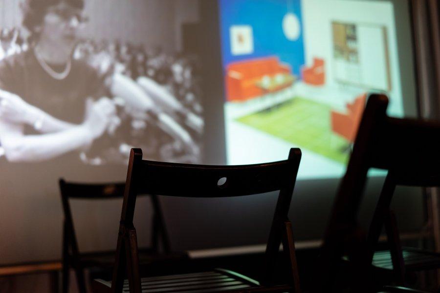 sofa68_Warteraum2_Seppo-Gründler_@_esc_medien-kunst-labor_©_Foto:_Lara-Baumgartner
