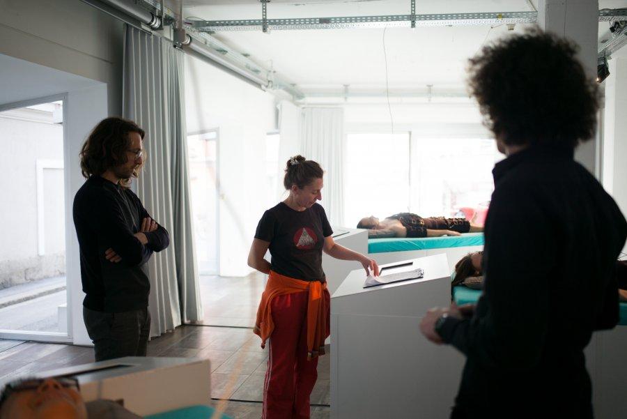 Eröffnung Speculative Capital, Manuel Beltrán und René Mahieu, Foto: Valerie Maltseva, Elevate Festival 2017