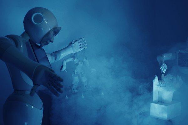 ©esc_medien kunst labor_Ritual Prayer Robot_Etsuko Ichihara